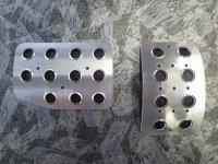 TEZZO Non-slip pedal mat (2 pieces) for Citroen DS3